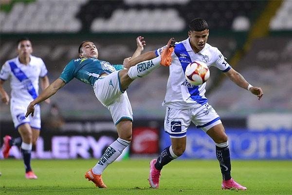 De último minuto el Puebla vence al León en el Nou Camp